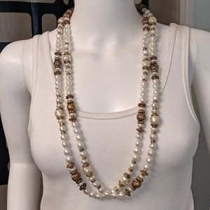Pearl & gold bead w/accent necklace